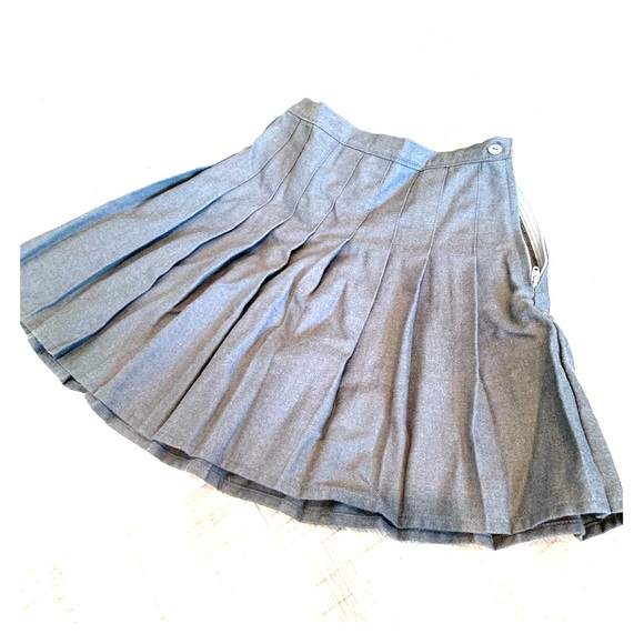Lands' End Other - Lands End Girls Size 6x pleated skirt Grey